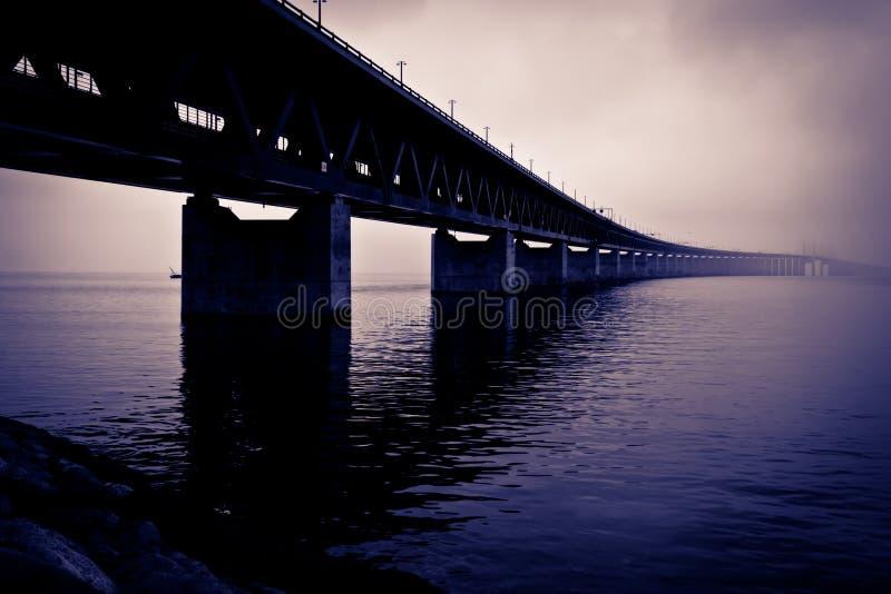 接近桥梁 免版税库存照片