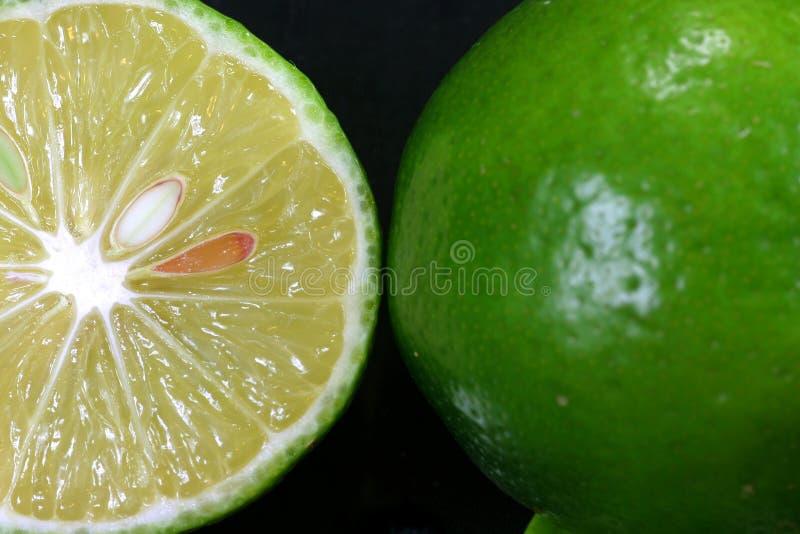 接近的新柠檬视图 免版税库存图片