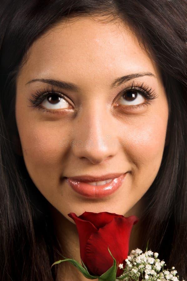 接近的玫瑰色妇女 免版税图库摄影