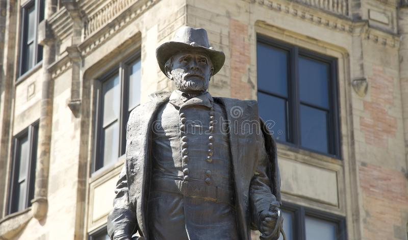 50接近的票据显著授予被点燃的s伊利亚斯 U.S. 格兰特雕象 库存图片
