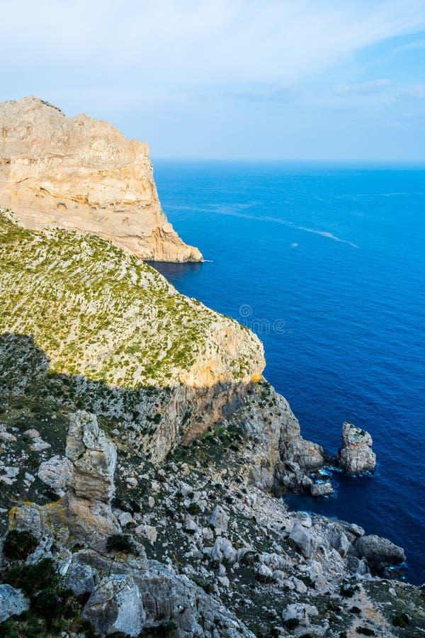 接近盖帽Formentor,马略卡的观点 免版税库存照片