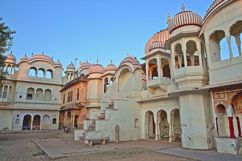 接近Morarka Haveli的印度Gherka寺庙在Nawalgarh, Shekhawati,拉贾斯坦,印度 免版税库存照片