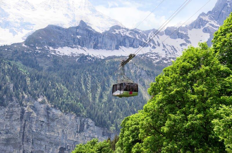 推力在Murren阿尔卑斯瑞士 免版税库存照片