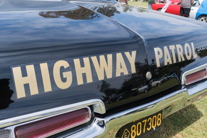 推托加利福尼亚高速公路巡逻车 库存图片