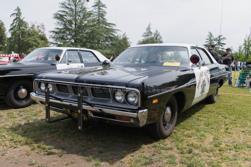 推托加利福尼亚高速公路巡逻车 免版税库存图片