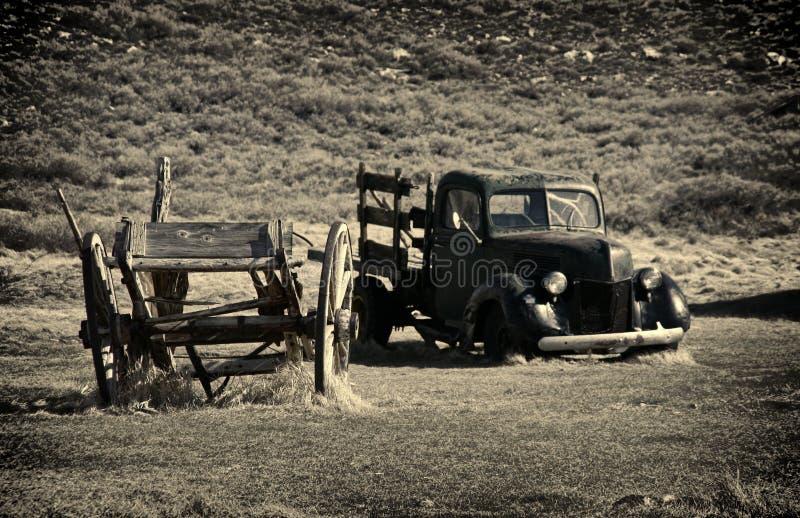 推车击毁和在Bodie -加利福尼亚鬼城整理 图库摄影
