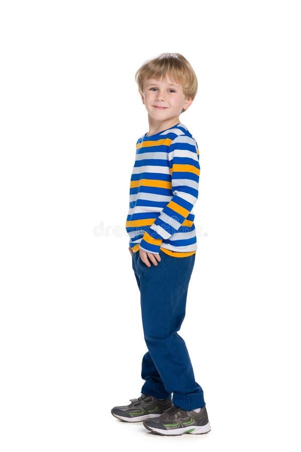 描出时尚逗人喜爱的小男孩的画象 库存照片