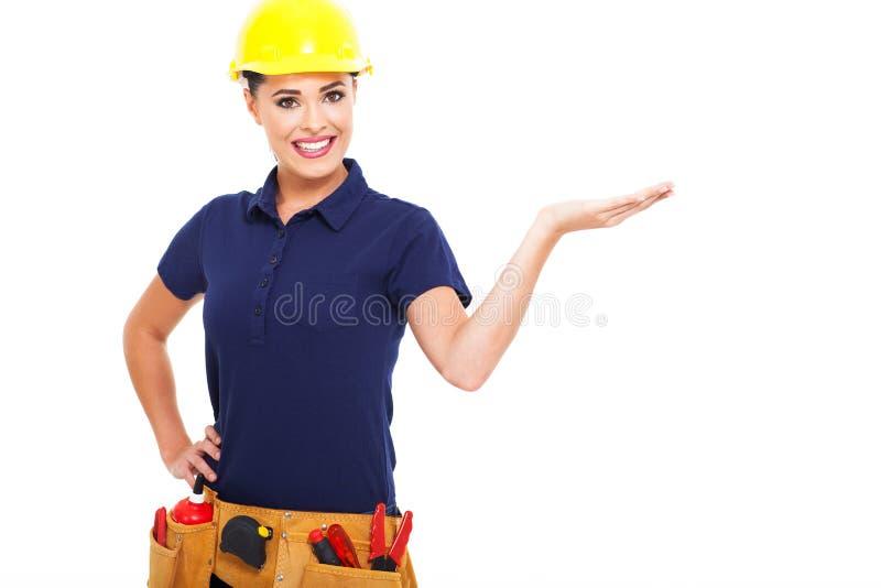 女性建造者提出 免版税库存照片