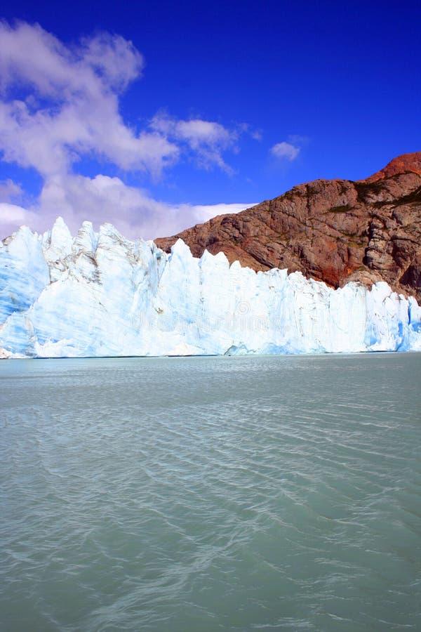 提前的冰川 免版税库存照片