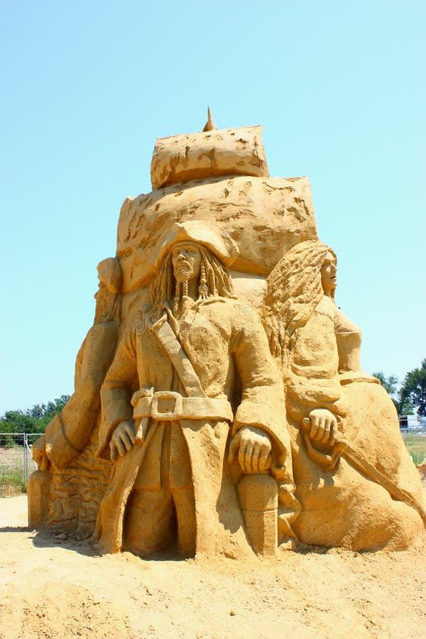 插孔沙子雕塑麻雀 库存照片