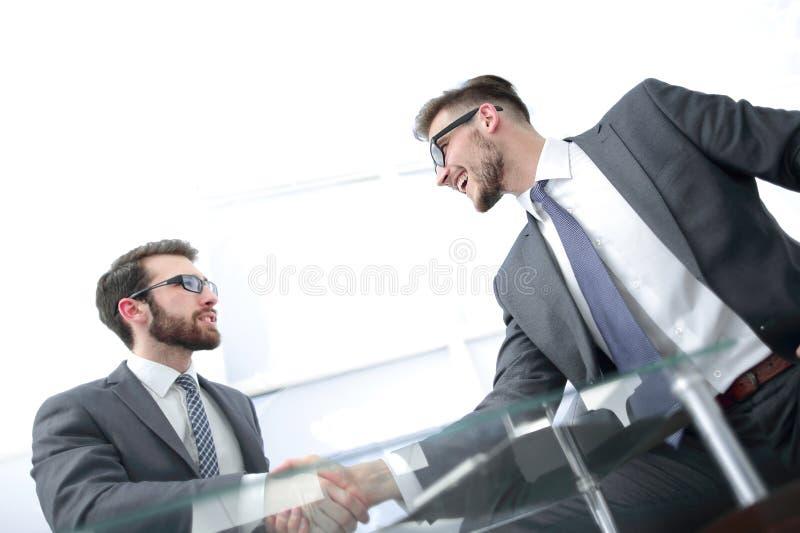 ?? 握手的商务伙伴 免版税图库摄影