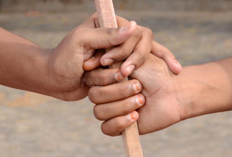握抗议的手 免版税图库摄影