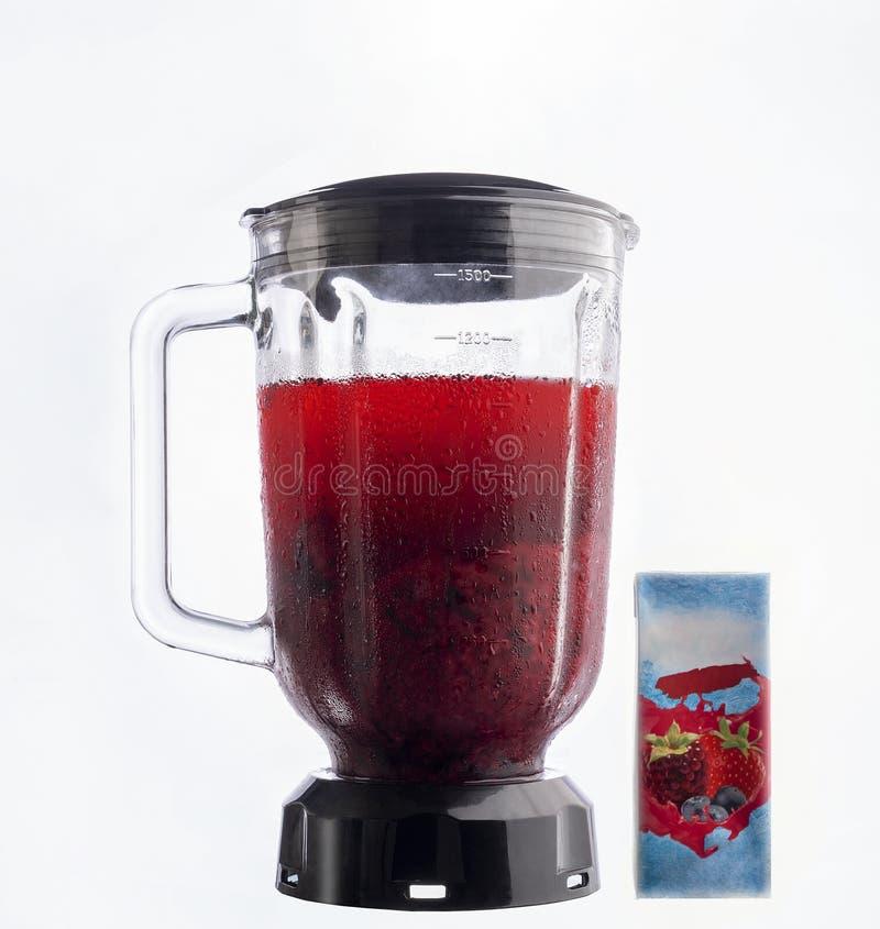 搅拌器用黑莓汁 免版税库存照片