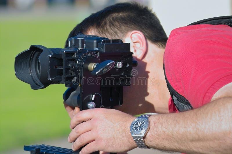 Download 摄影师工作 库存图片. 图片 包括有 三脚架, 透镜, 目的, 业余爱好, 夏天, 图象, 照片, 摄影, 摄影师 - 187143