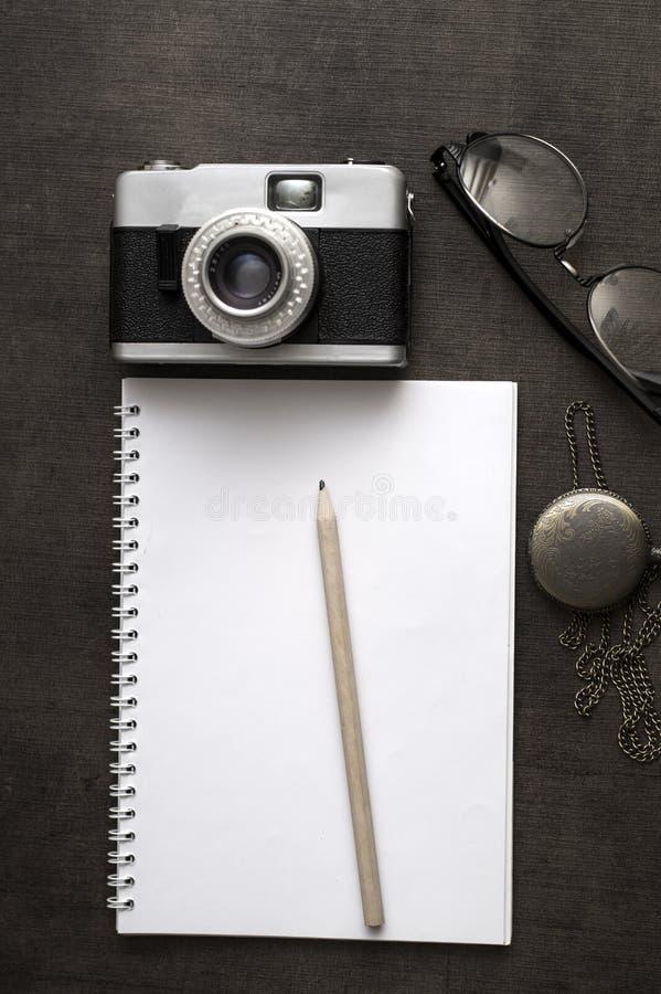 摄影师运转的书桌 免版税图库摄影