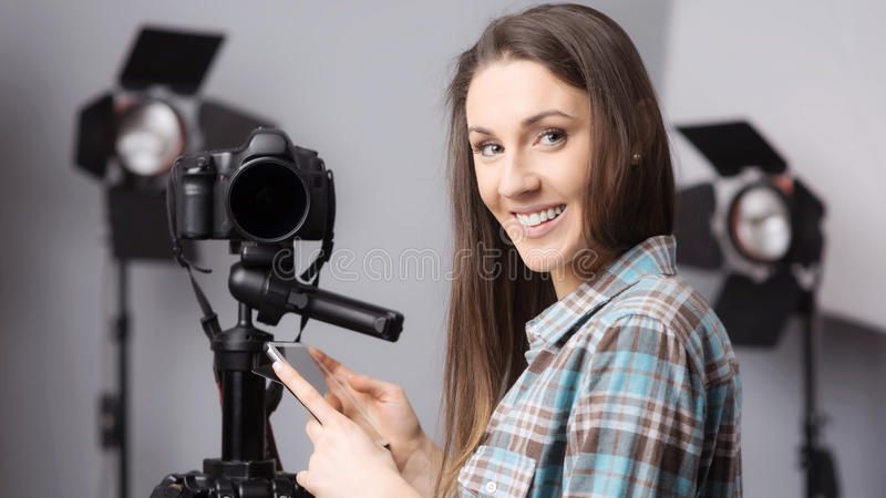 年轻摄影师画象 免版税库存照片