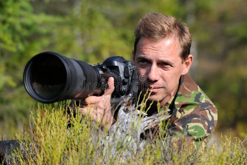 Download 摄影师 库存照片. 图片 包括有 横向, 摄影师, 射击, 专业人员, 生活方式, 天空, 成人, 摄影 - 34906162