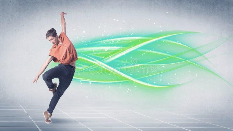 摆在与绿线的Hip Hop舞蹈家 免版税图库摄影