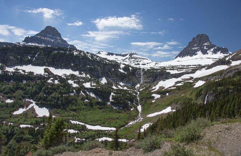 摇石的通行证,冰川国家公园,美国 免版税库存图片