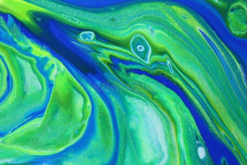 摘要流动的生动的蓝色和绿色绘画背景的 免版税库存照片