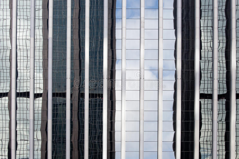 Download 摩天大楼反射 库存图片. 图片 包括有 旅游业, 汉语, 视图, 玻璃, 都市风景, beauvoir, 五颜六色 - 30326337
