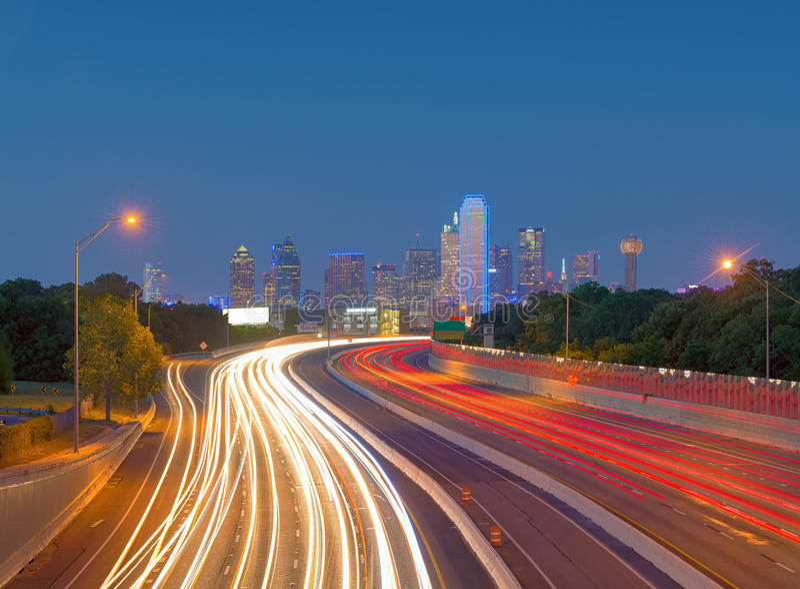 摩天大楼在街市达拉斯,得克萨斯,美国 库存照片