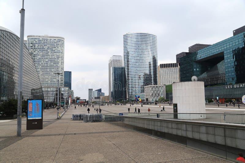 摩天大楼在巴黎- La Defanse 库存图片