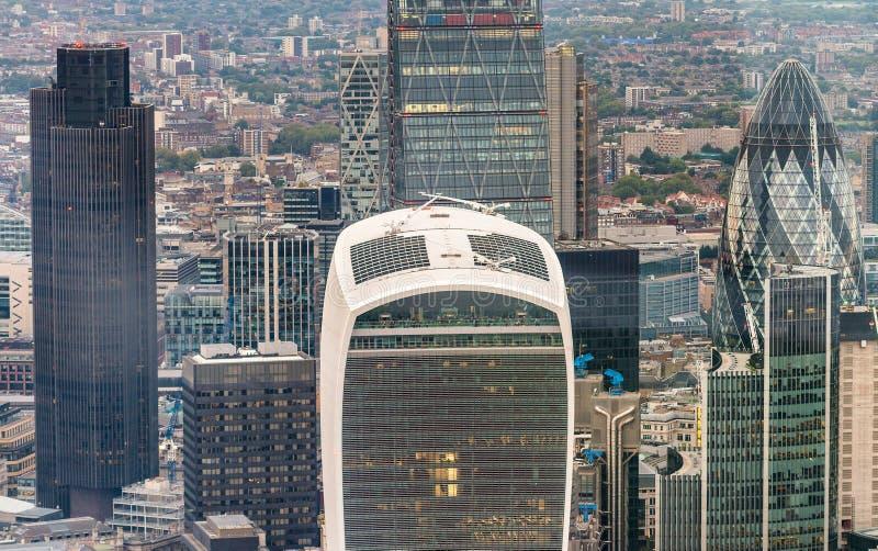 摩天大楼营业所,公司大厦在伦敦市, E 免版税图库摄影