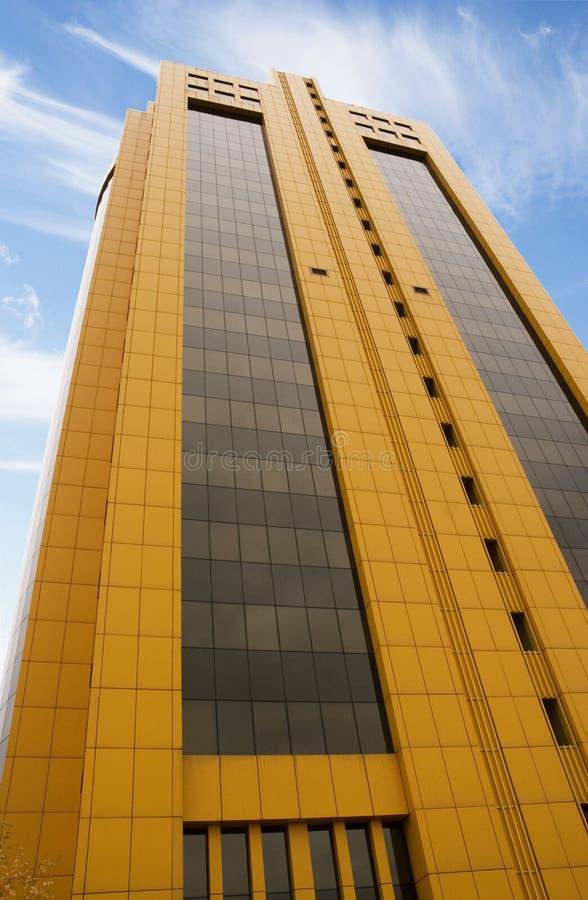 摩天大楼黄色 免版税库存图片