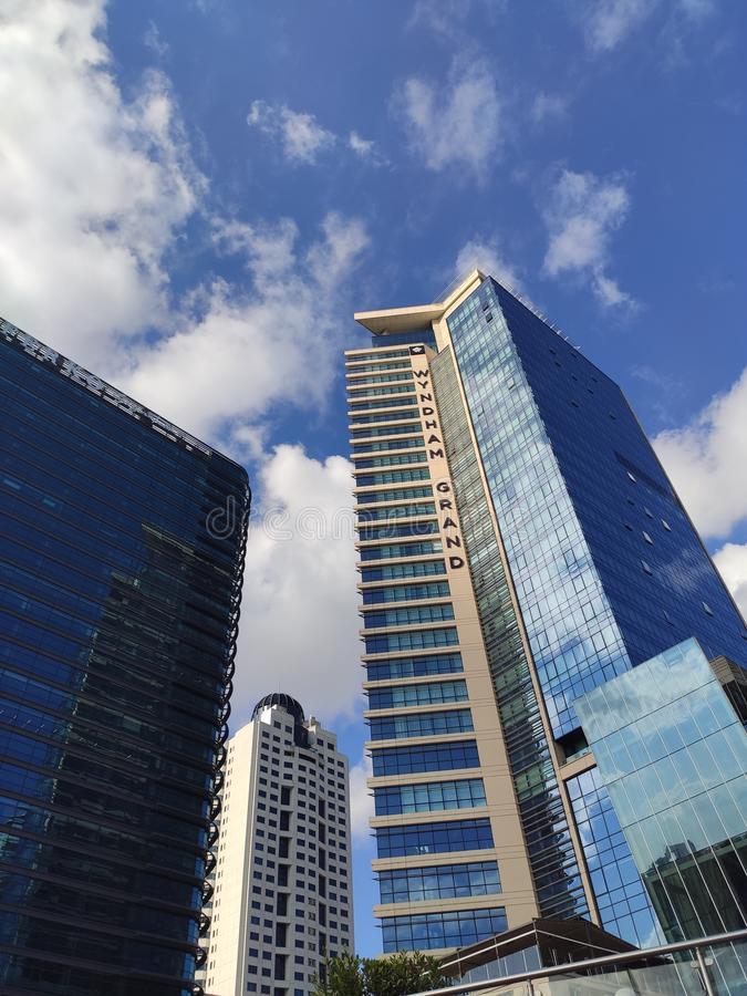 摩天大楼-勒网伊斯坦布尔土耳其 库存照片