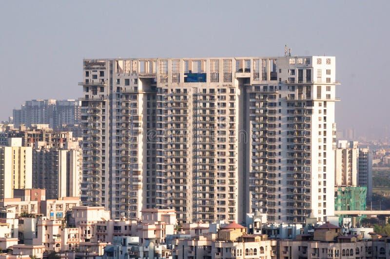 摩天大楼noida德里gurgaon的房子办公室空中射击  库存图片