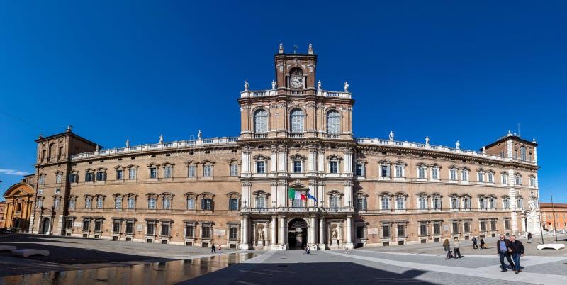 摩德纳公爵的宫殿  免版税库存照片