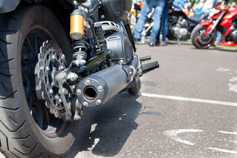摩托车后轮 免版税库存照片