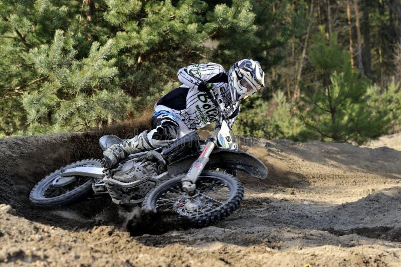摩托车越野赛车手 免版税库存图片