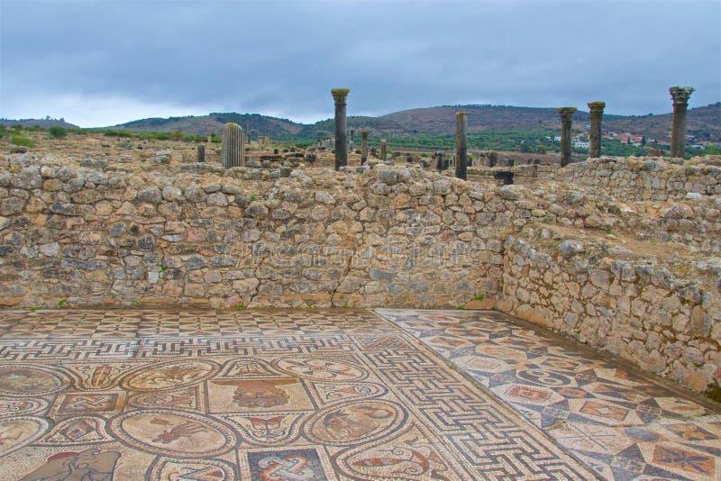摩洛哥梅克内斯沃卢比利斯大力神劳工之家遗址 免版税库存照片