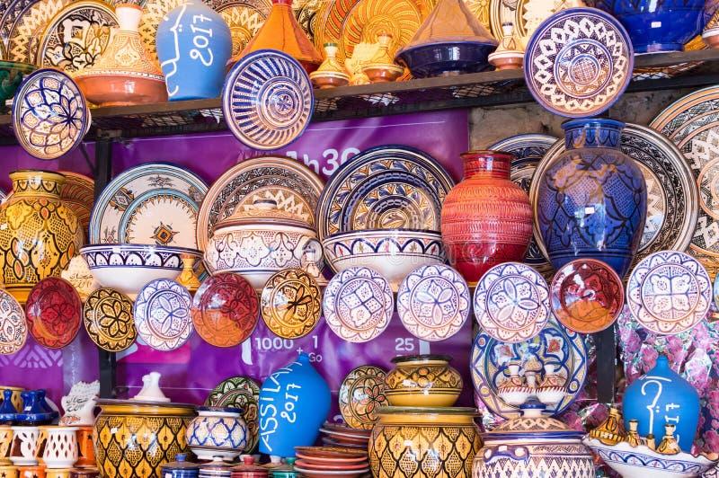 摩洛哥陶瓷在Assilah 免版税库存照片