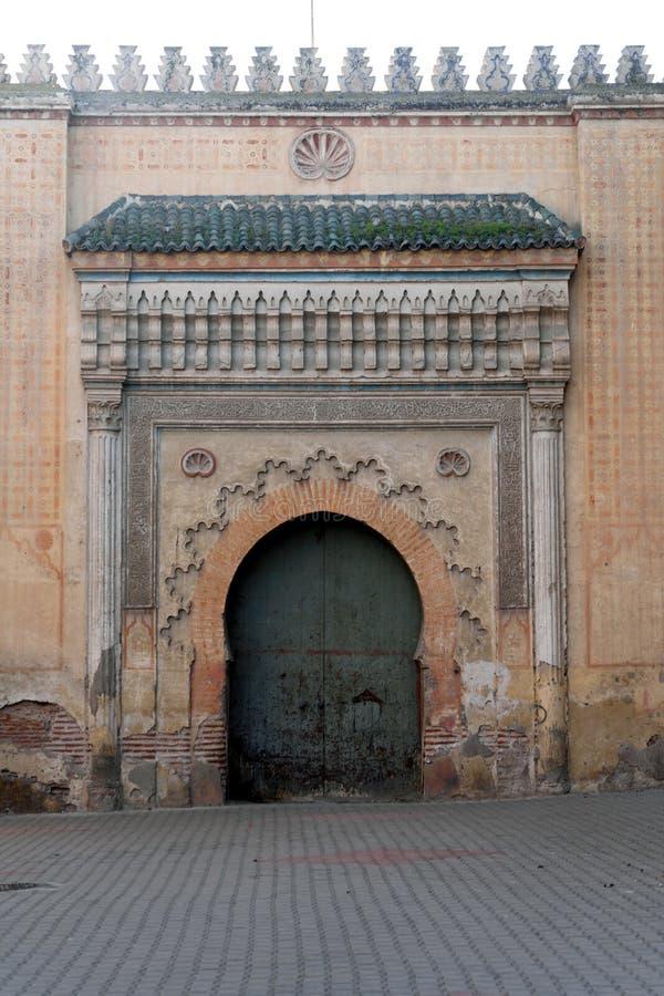 摩洛哥马拉喀什El Badi宫门 免版税库存图片