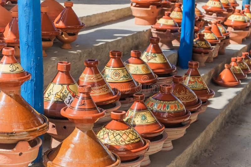 摩洛哥tajine瓦器待售 免版税库存照片