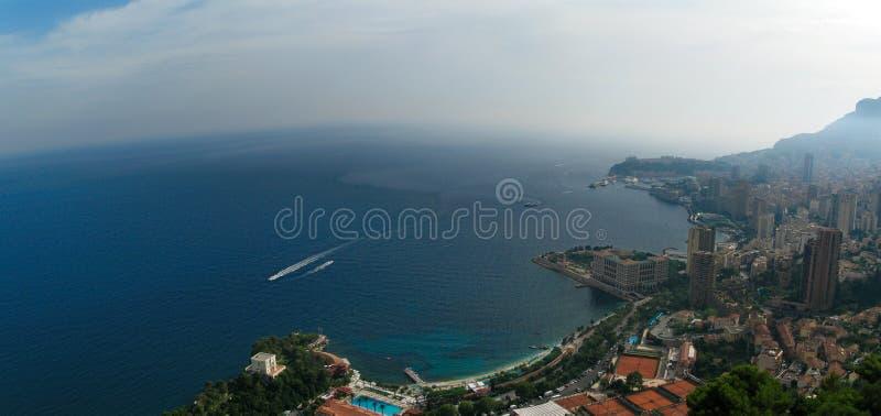 摩纳哥、法国和陆间海/彻特d'Azur空中全景  免版税库存照片