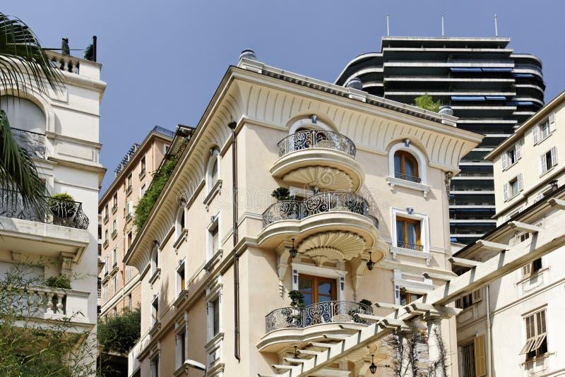 摩纳哥,修造用圆的阳台 库存照片
