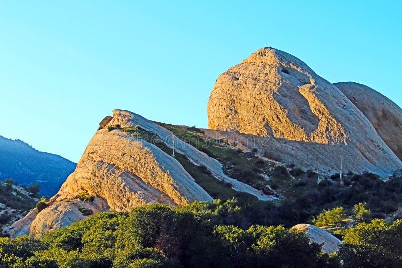 摩门教徒晃动加利福尼亚状态解释的足迹在途中的圣贝纳迪诺外面到南Califo高沙漠  库存图片