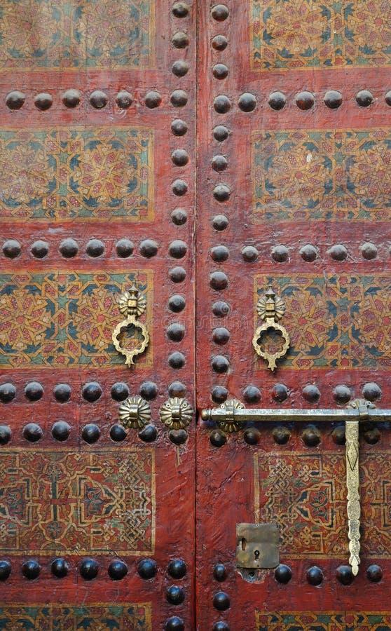 摩洛哥入口。清真寺Sidi阿哈迈德Tijani在菲斯,摩洛哥。 免版税库存图片