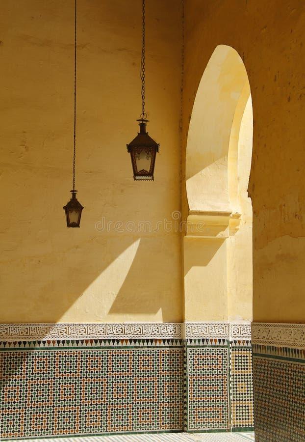 摩洛哥,梅克内斯,伊斯兰教的曲拱 免版税库存照片