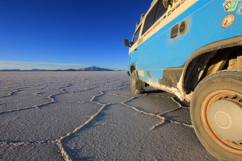 撒拉族的de Uyuni,盐湖,玻利维亚范 免版税图库摄影