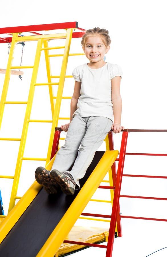 Download 操场的小女孩 库存照片. 图片 包括有 登山人, 童年, 环境, 跷跷板, 绿色, 玩具, 重新创建, 设置 - 30338538