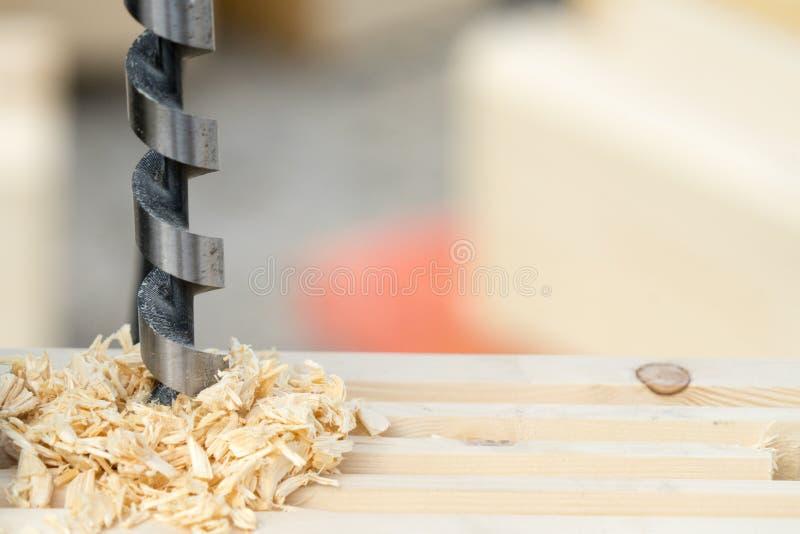 操练木头的人 您的文本的地方 免版税库存照片
