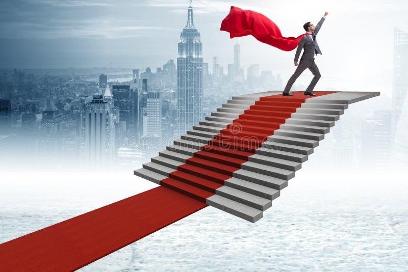 攀登隆重的英雄的超级商人电影周荣发版上海滩台阶爱奇艺图片