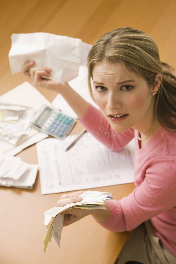 支付妇女的票据 免版税库存图片