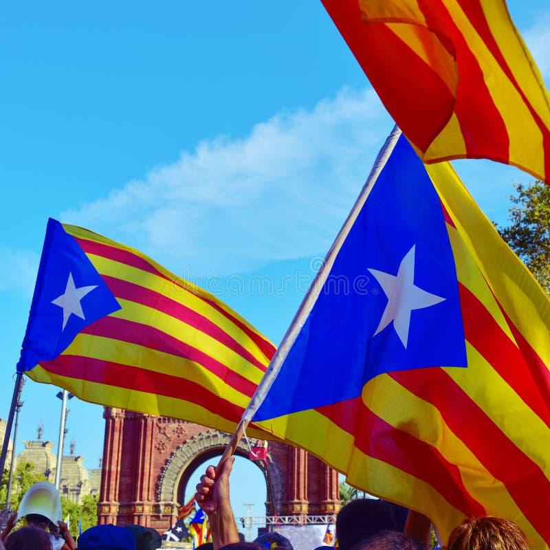 以支持卡塔龙尼亚的独立召集在巴塞罗那, 免版税图库摄影