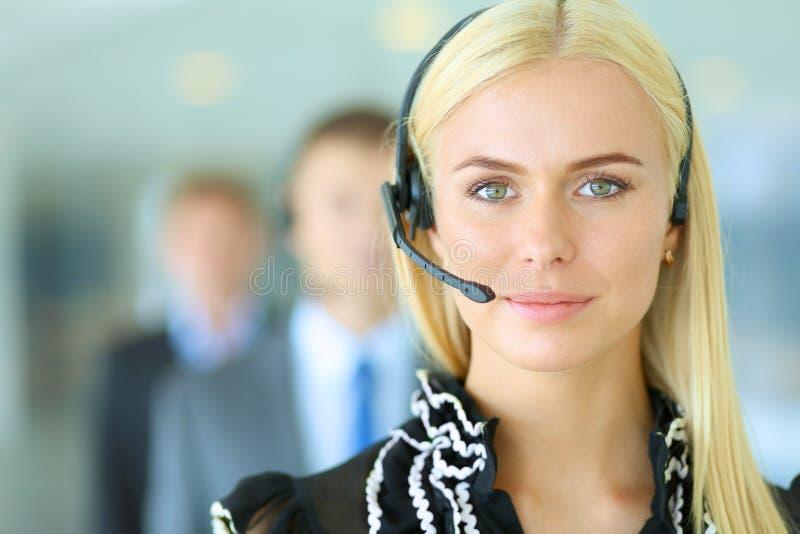 Download 支持有的电话操作员画象 库存照片. 图片 包括有 辅助, 商业, 管理, 协助, 购买权, 女实业家, 有吸引力的 - 62527084